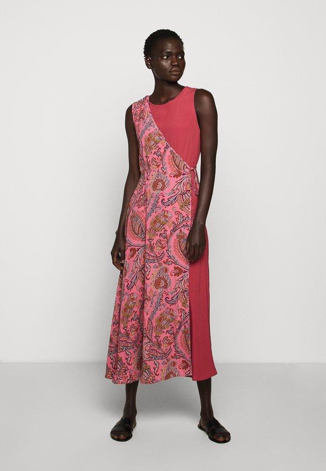 FRESIS - Korte jurk - rosa