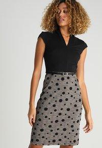 Anna Field - Shift dress - black/rose - 0