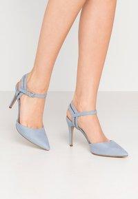 New Look - TIA  - Escarpins à talons hauts - light blue - 0