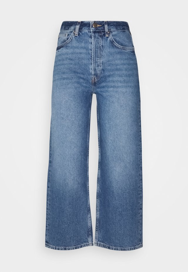 WIDE LEG CROPPED JEANS - Straight leg jeans - blue denim