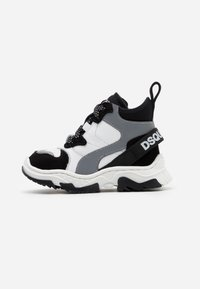 Dsquared2 - High-top trainers - white - 0