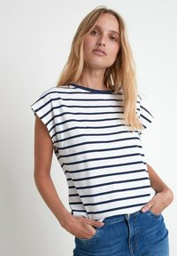 Maison 123 - Print T-shirt - bleu marine - 0