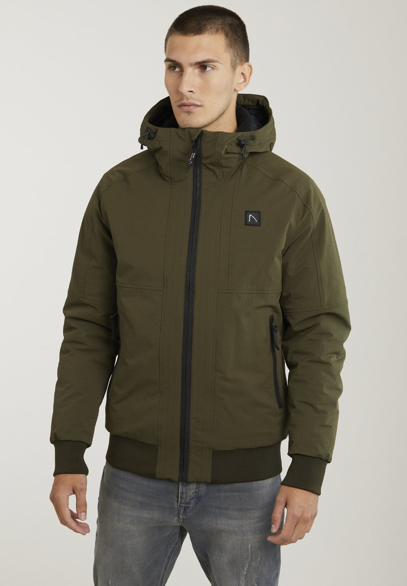 CHASIN' - Winter jacket - green