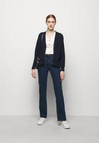 Lauren Ralph Lauren - T-shirts med print - mascarpone cream - 1