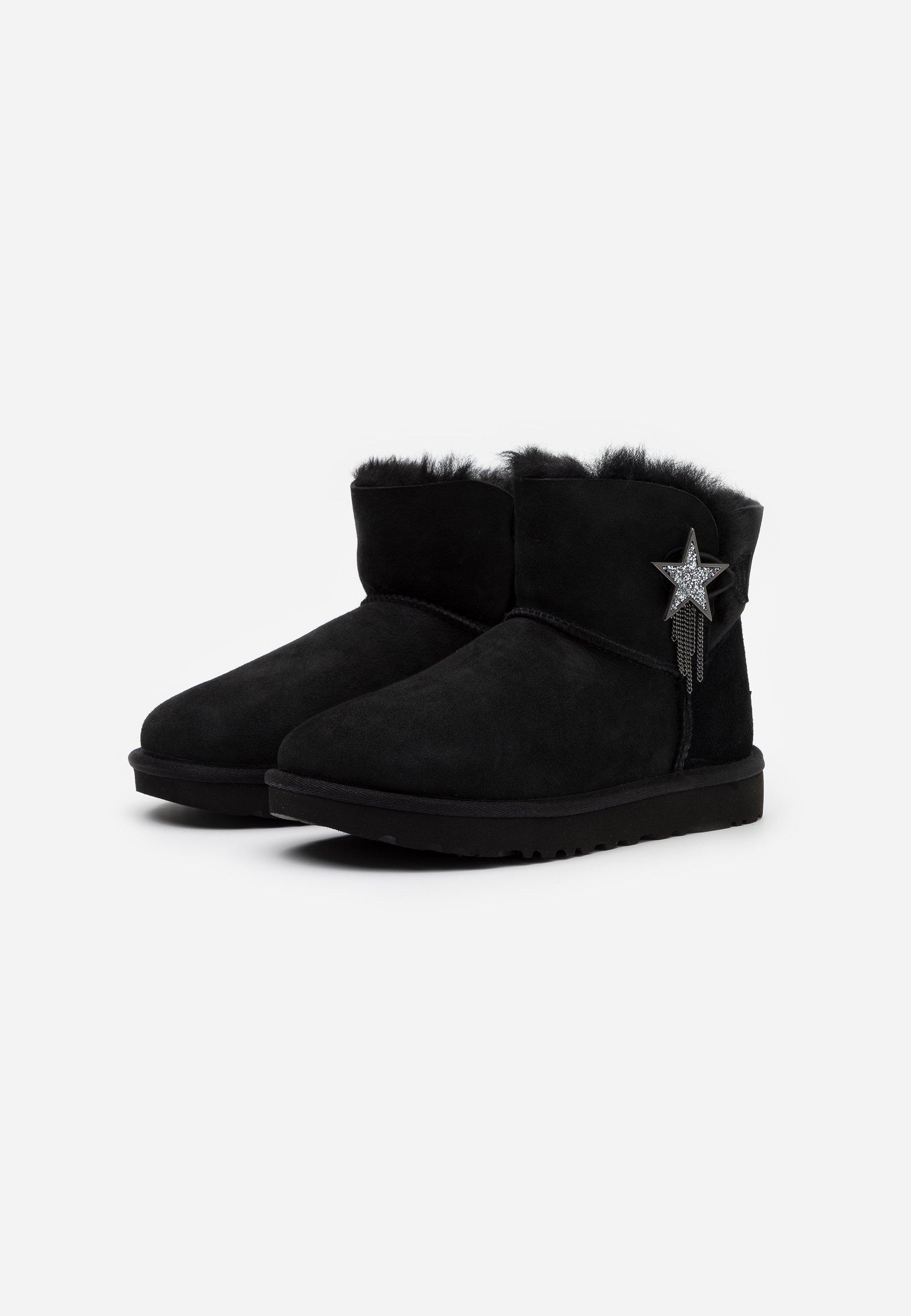 UGG MINI BAILEY STAR Ankle Boot black/schwarz