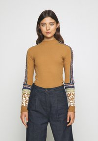 Free People - SWITCH IT UP THERMAL - Jumper - sienna - 0
