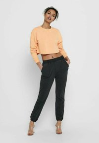ONLY - Sweatshirts - coral sands - 1
