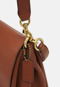 Coach - MAY SHOULDER BAG - Handbag - saddle - 4