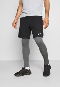 Nike Performance - WARM - Collants - iron grey/black - 3