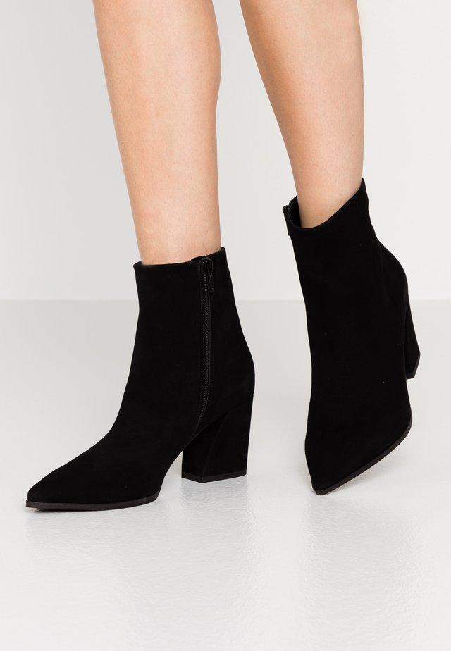 AMBER - Boots à talons - schwarz