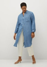 Violeta by Mango - STRIPES - Button-down blouse - mittelblau - 1