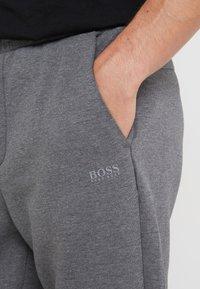 BOSS - HADIKO  - Pantaloni sportivi - medium grey - 5
