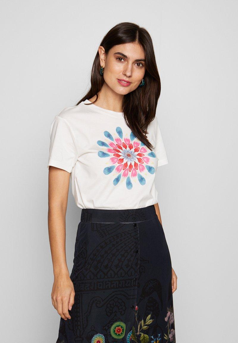 Desigual - MILAN - T-shirts med print - blanco