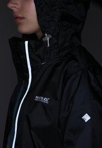 Regatta - CORINNE IV - Waterproof jacket - black - 5