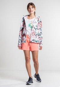 Luhta - ANNIS - Soft shell jacket - raspberry - 1