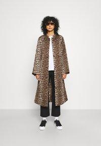 Cras - OLLIE - Classic coat - brown - 1