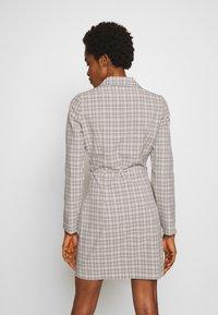 Fashion Union - ETTIE - Robe chemise - black/cream/brown - 2