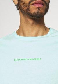 YOURTURN - UNISEX - T-shirt med print - mint - 3