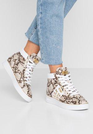 Höga sneakers - brown
