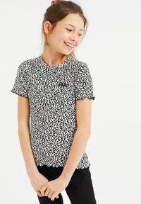 WE Fashion - MET PANTERDESSIN - T-shirt z nadrukiem - black - 1