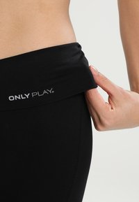 ONLY Play - Pantalon 3/4 de sport - black - 3