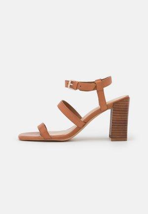 HAVANA - Sandals - cognac