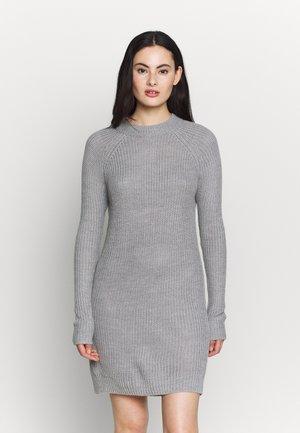 Robe pull - mottled grey