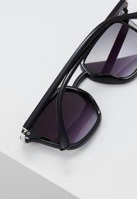YOURTURN - Sunglasses - black - 3