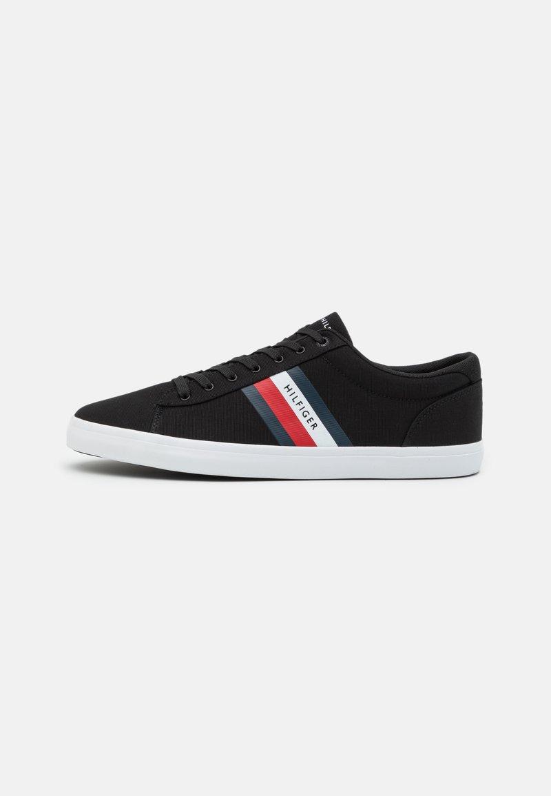 Tommy Hilfiger - ESSENTIAL STRIPES DETAIL - Sneakers - black