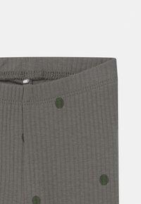 Name it - NBMDANIEN 3 PACK - Leggings - Trousers - castor gray/desert palm/grey - 3
