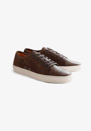 FULTON ST. - Sneakers laag - dark brown