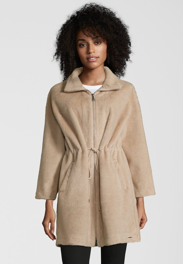 BANDIT - Manteau court - sable