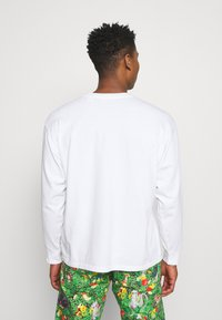 Levi's® - LEVI'S® X POKÉMON LS UNISEX TEE - Long sleeved top - white - 2