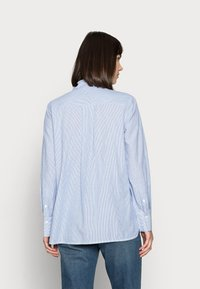 DAY Birger et Mikkelsen - DAY WIND - Button-down blouse - persian jewel - 2