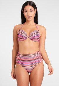 Homeboy Beach - KUBA - Bikini top - salmon - 1