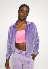 Juicy Couture - TINA TRACK PANTS - Trainingsbroek - pastel lilac acid wash - 6