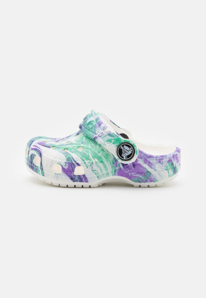 Crocs - CLASSIC OUT OF THIS WORLD - Sandály do bazénu - white/multicolor