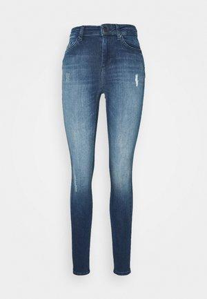 ONLBLUSH LIFE HIGH WAIST - Jeans Skinny Fit - medium blue denim