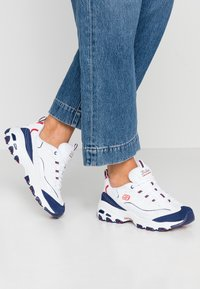 Skechers Sport - D'LITES - Trainers - white/navy/red - 0