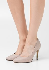Tamaris - COURT SHOE - High heels - champagne - 0