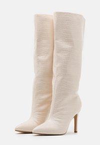 Missguided - CROC MID STILETOE TUBULAR BOOTS - High heeled boots - cream - 2