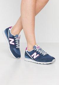 New Balance - WL996 - Zapatillas - navy - 0
