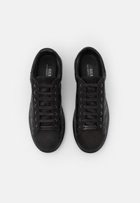Guess - SALERNO - Trainers - black - 3