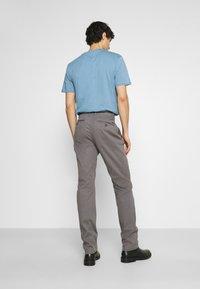 TOM TAILOR - STRUCTURE  - Trousers - castlerock grey - 2