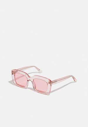 FARAI - Sluneční brýle - pink