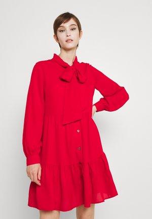 LADIES WOVEN DRESS - Koktejlové šaty/ šaty na párty - red