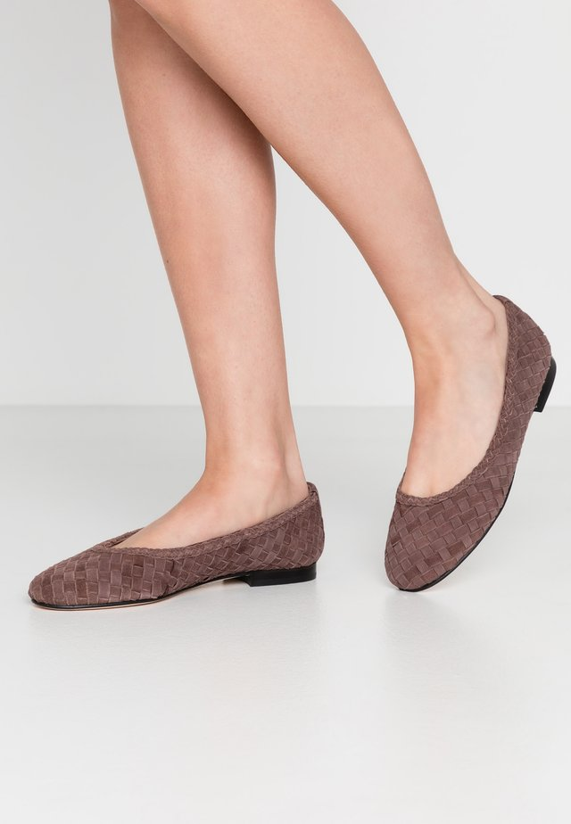 Ballerines - dark brown