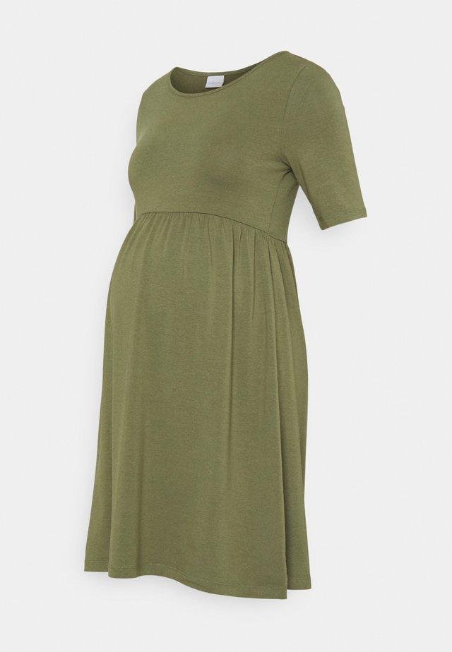 MLELNORA SHORT DRESS - Sukienka z dżerseju - olivine