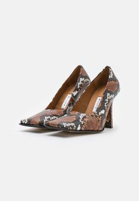 MIISTA - ORANA - Classic heels - white/brown - 2