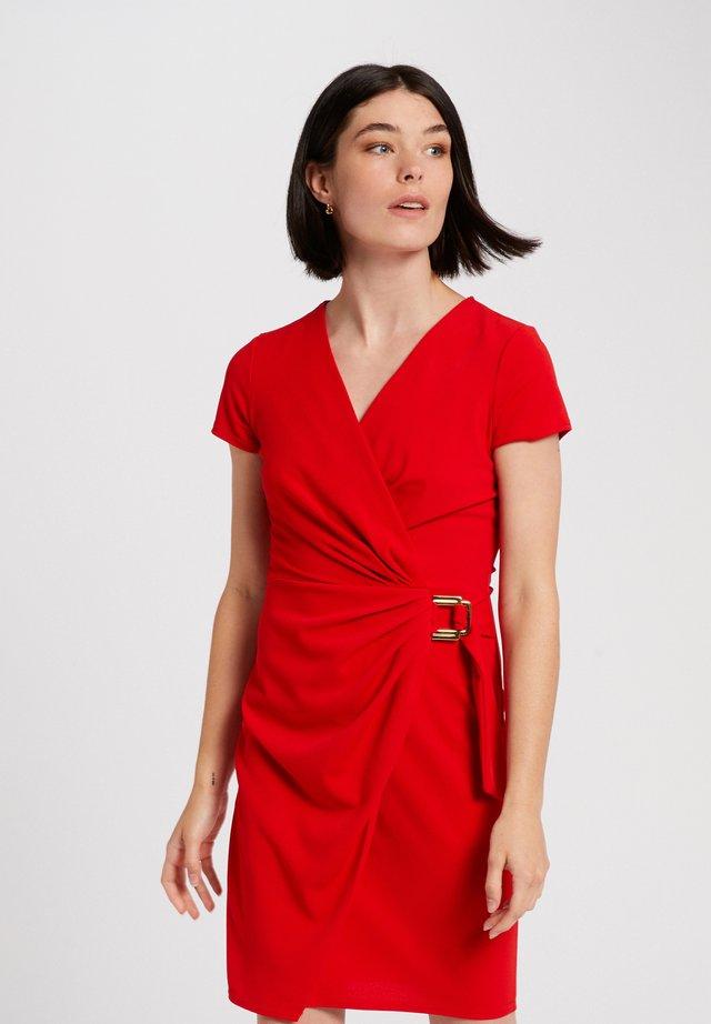 Etui-jurk - red